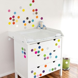 habitaciones-infantiles-decoradas-con-lunares-3