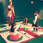 Animación infantil con juego de parchis