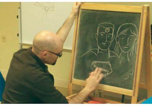 Talleres de comic - Pintando en pizarra